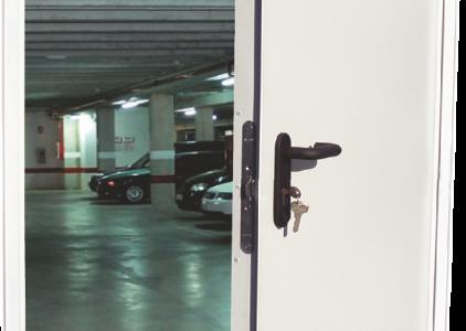 Пожароустойчивата врата – ефективен способ срещу пожар в дома